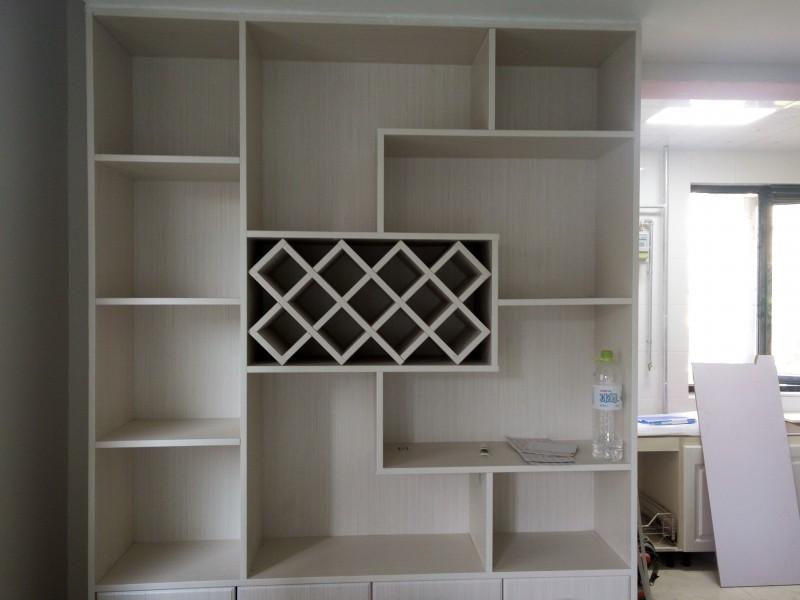 2米7宽酒柜设计效果图